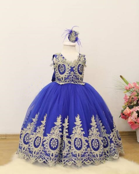 2018 Royal blue girl pageant dress with lace appliques V-neck ball gown kid birthday party prom gown for special occasion event blue sexy v neck lace details pajamas set with wire
