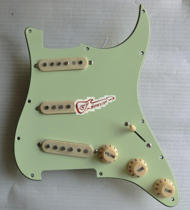 wired guitar pickugard