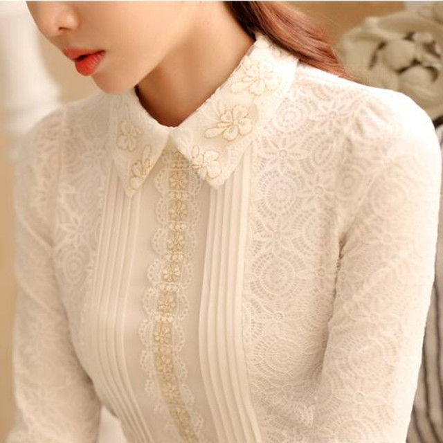 Women Pointed Collar Long Sleeve Lace Blouse Elegant Lady Floral Embroidery White Lace Top Autumn Spring Vintage Pleated Shirt