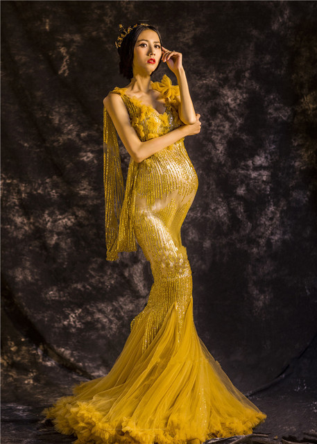 295e25e6b76a7 Noble Elegant Maternity Dresses Gold Maternity Photography Props Sexy  Pregnant Dress Pregnancy Mermaid Dress for Maternity