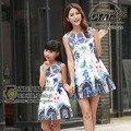 Combinando Roupas da família Mãe E Filha se Veste 2016 Marca Meninas Do Bebê Vestido de Roupa Dos Miúdos Maquineta Floral Mulheres Vestido de Princesa
