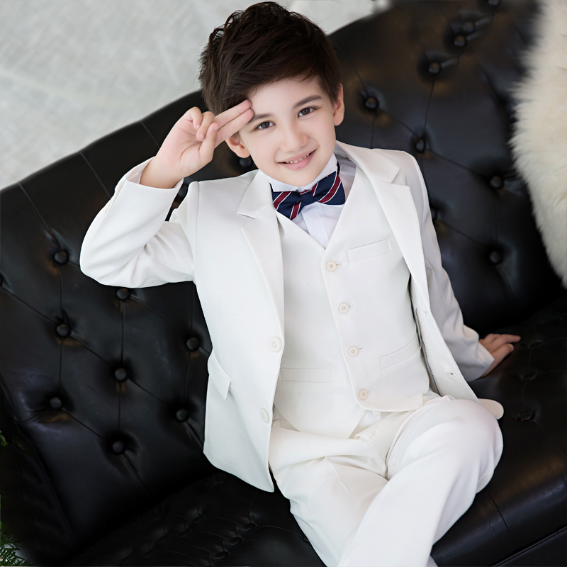 2018 spring new style. Korean version of the white suit of the boy. Children's small suit. Flower girl dress boy presided over. kimocat boy and girl high quality spring autumn children s cowboy suit version of the big boy cherry embroidery jeans two suits