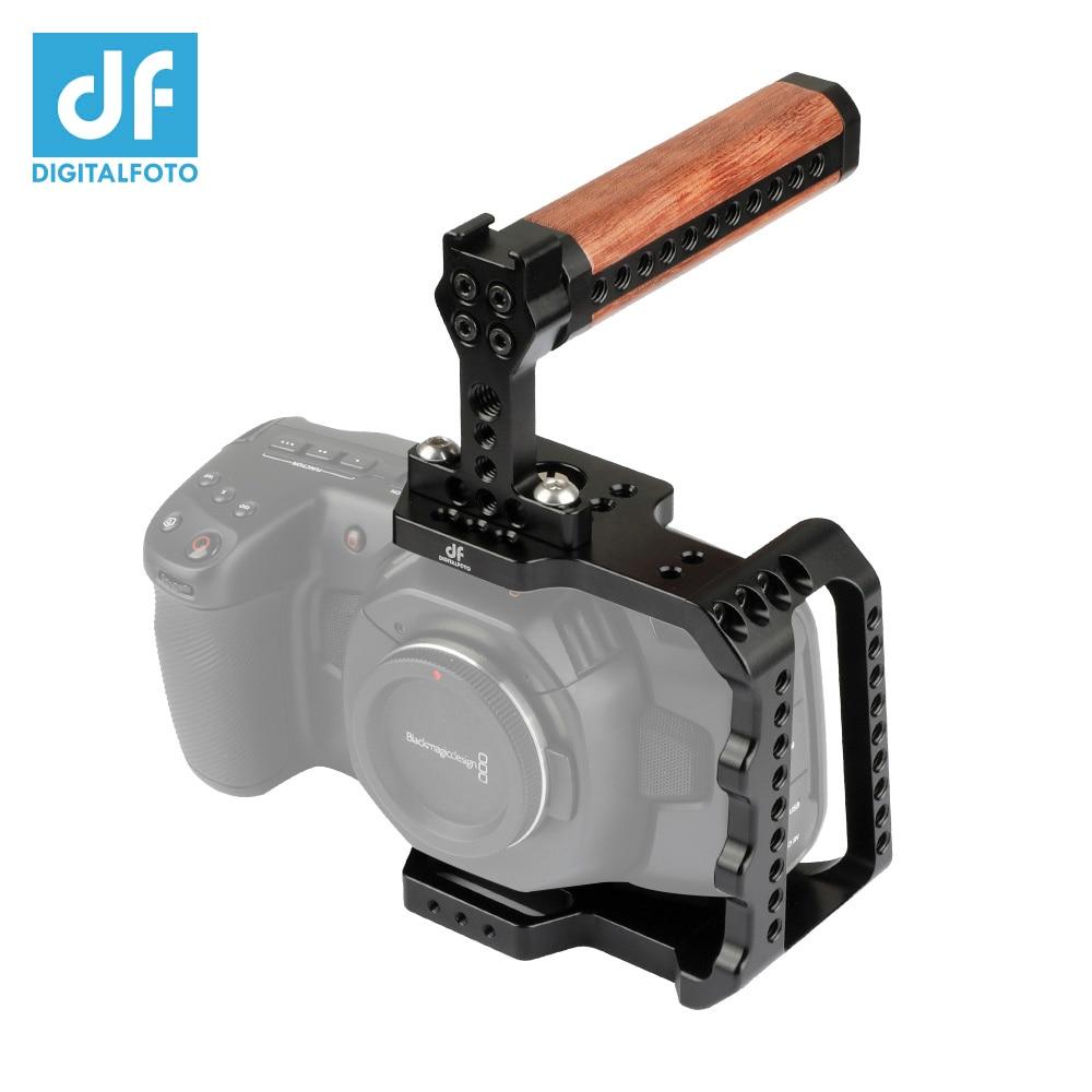 BMPCC 4 K appareil photo demi-Cage avec Mini poignée en bois pour Blackmagic Design poche cinéma DSLR appareil photo montage moniteur Microphone