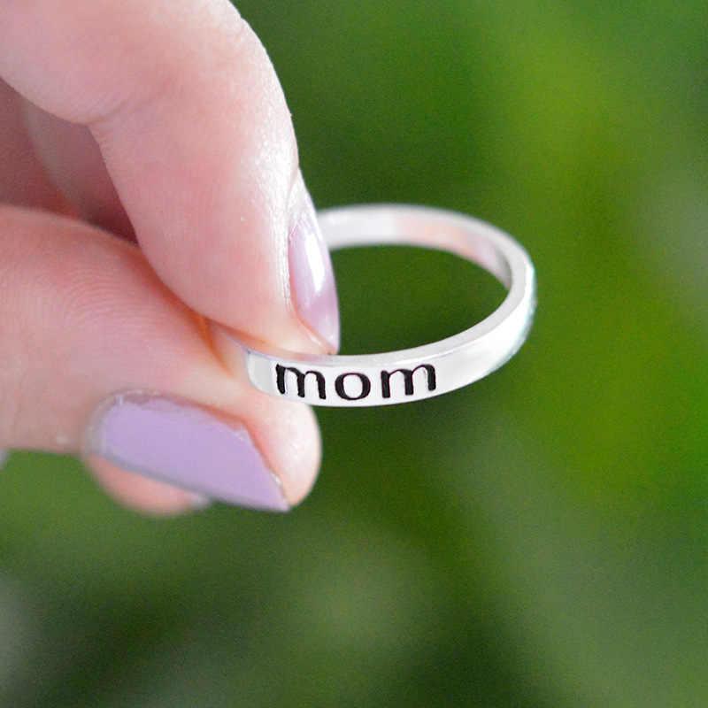 คลาสสิกสีเงินเครื่องประดับแหวนจดหมายพิมพ์แม่แหวนสำหรับผู้หญิงล้างแฟชั่นเครื่องประดับแหวนของขวัญ
