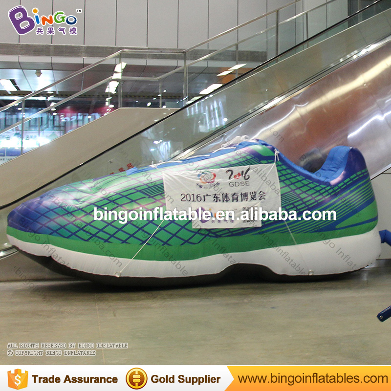 Free shipping 5.2m long giant inflatable shoe model for advertising customized inflatable sneaker replica for sport event toys free shipping 10m giant inflatable octopus model with digital printing for advertising blow up squid for decoration show toys