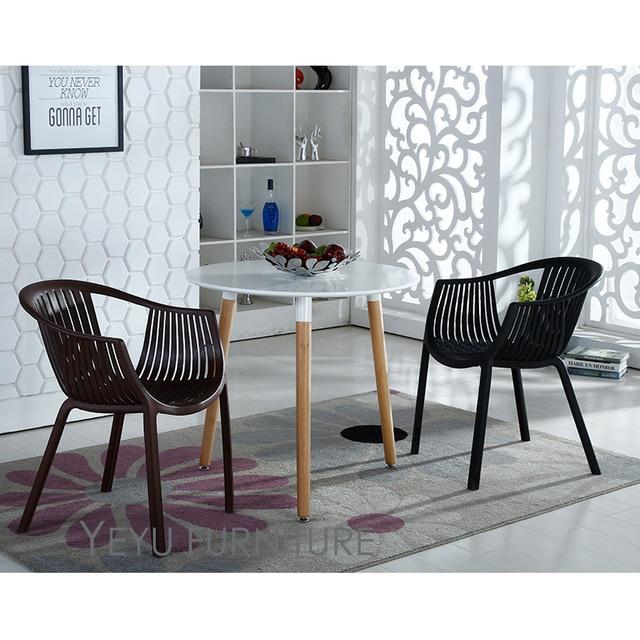 Modernes Design Stapelbare Kunststoff Outdoor Dining Sessel Besprechungsleiter Wartestuhl Esszimmer Wohnzimmer Freizeit