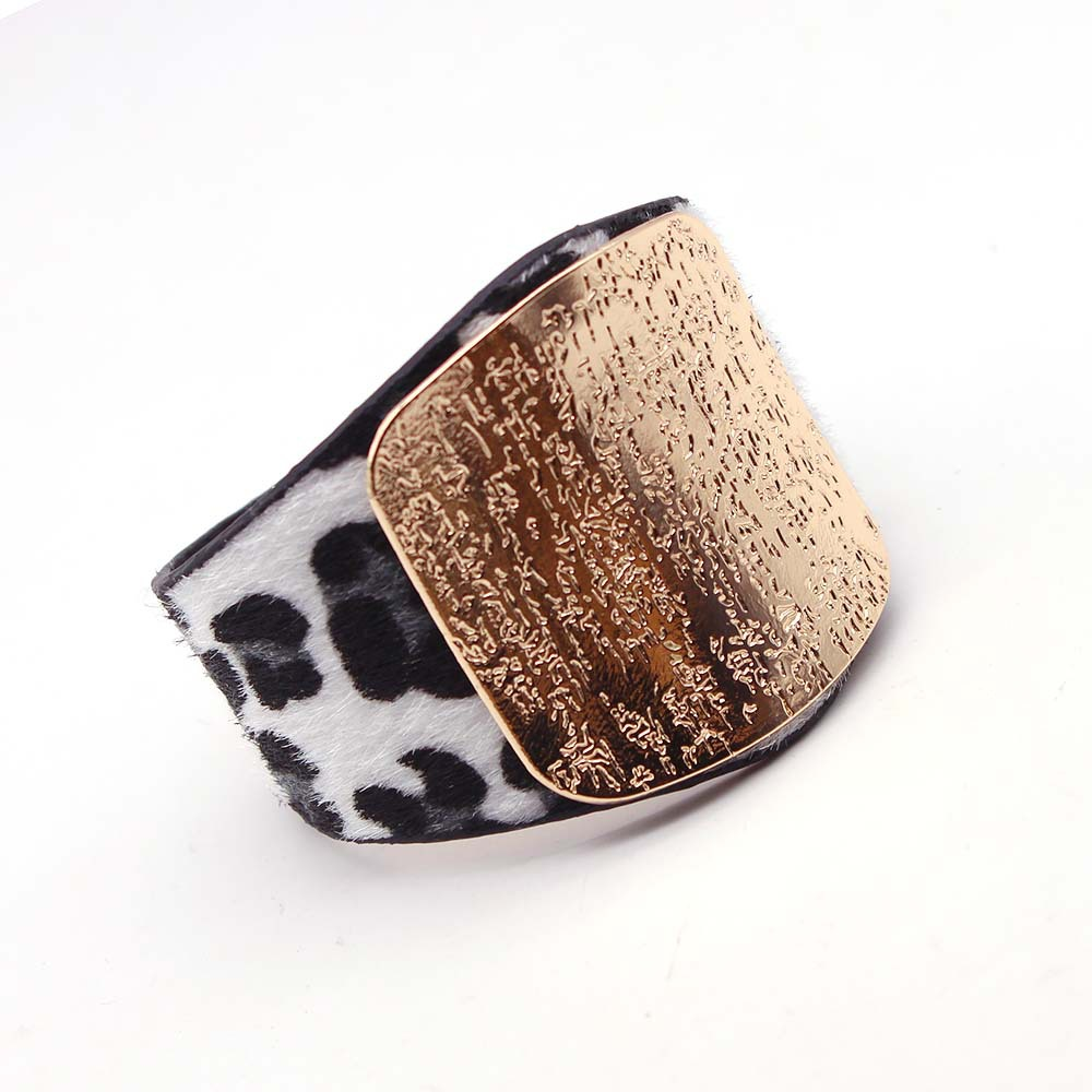 Personality Leopard Horsehair Imitation Leather Bangle Bracelet Women Alloy Buckle Adjustable Women BraceletsBangles