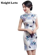 цена New Silk Satin Chinese Traditional Dress Women Short Sleeves Sexy Cheongsam Vestidos Vintage Qipao Flower Print Slim Party Dress в интернет-магазинах