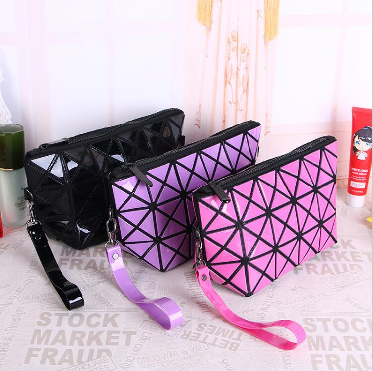 New 2017 Fashion Make Up Cosmetic Bag Women Bag Toiletries Pouch Travel Ladies Multifunc ...