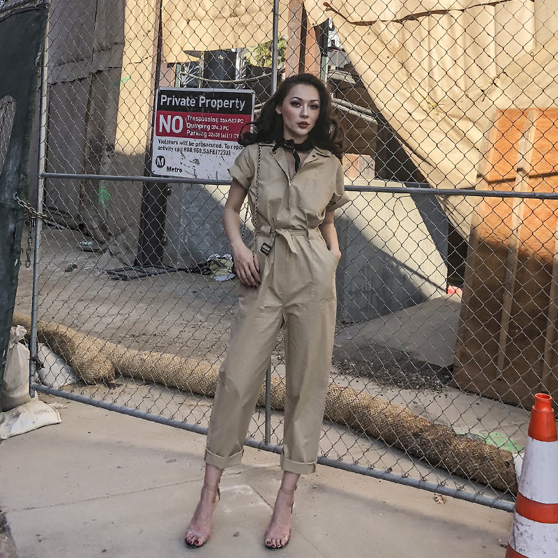 0531aa4ea93 le palais vintage 2018 Spring Classic Vintage Safari Jumpsuit Women with  Belt Slim Waist BF Short Sleeve Stylish Jumpsuits-in Jumpsuits from Women s  ...