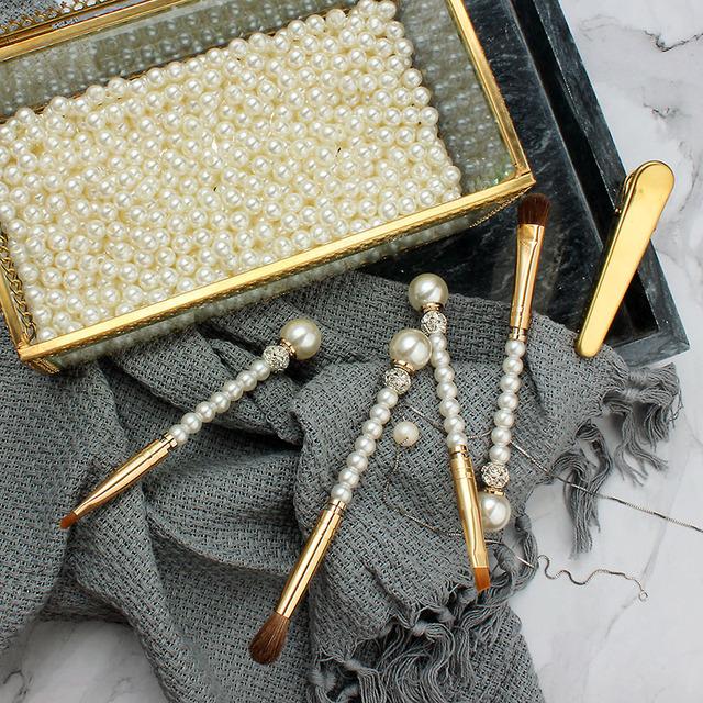 Top Quality 4pcs Makeup Brushes Diamond Pearl Pro Eye Shadow Lip Angled eyeliner Concealer Blending Make Up Brush Set Soft Hair
