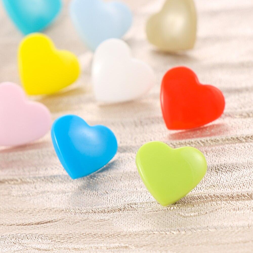 40 шт. 12 мм Кнопки Скрапбукинг шитье Аксессуары Любовь Сердце Пластиковые крепежи нажмите кнопку кнопки новое поступление