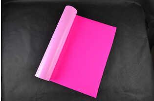 (0.5X25M) สี Neon Pink ความร้อนไวนิลสำหรับผ้า PU Flex ฟิล์มไวนิลสำหรับเสื้อ T เหล็กบนไวนิล