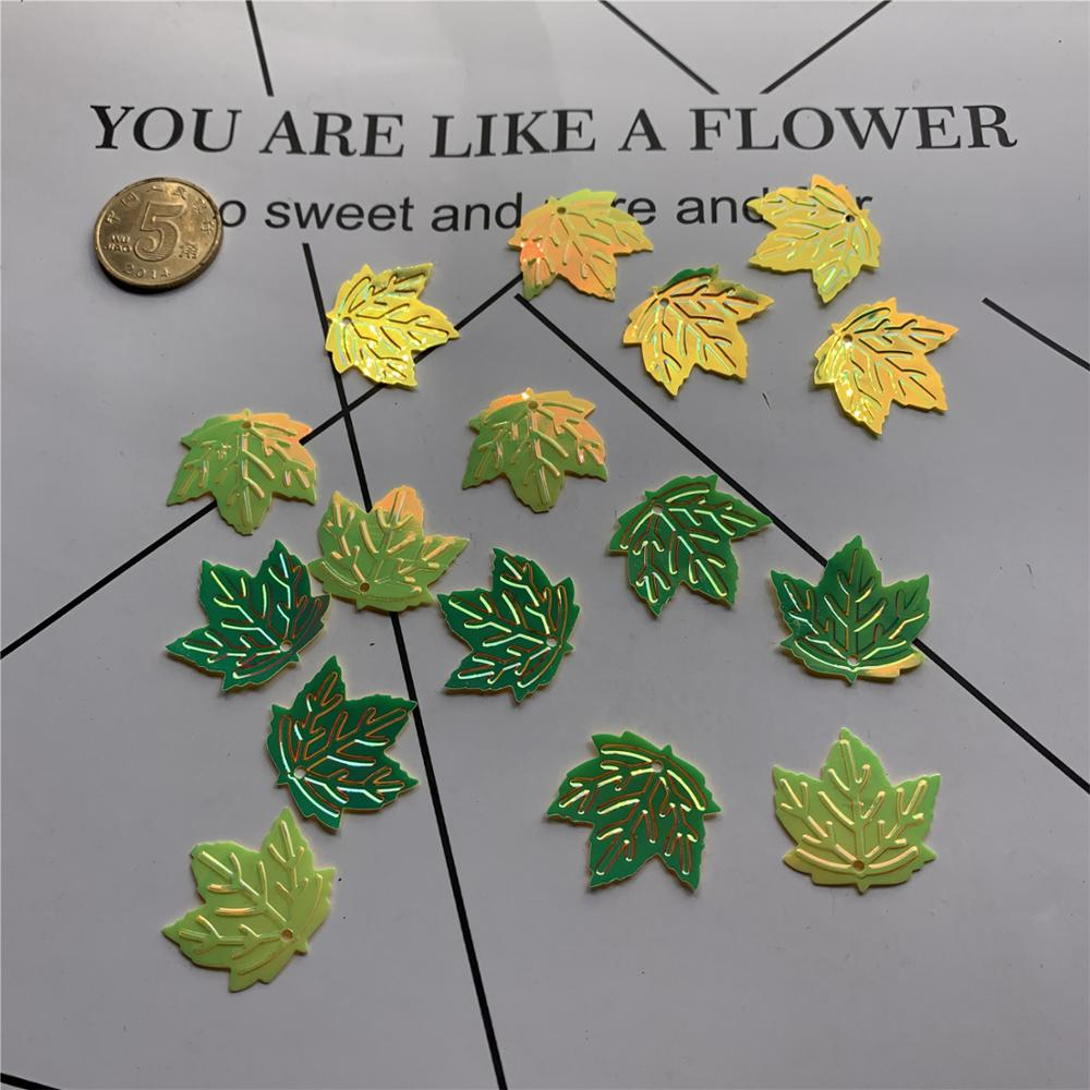 50pcs Simulated leaf confetti diy maple sequins Halloween party decoration desktop micro landscape map leaves