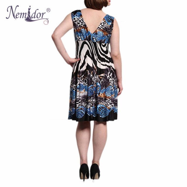 Women Casual Half Sleeve A-line Swing Dress Retro Stretchy V-neck Plus Size Midi Dress 2