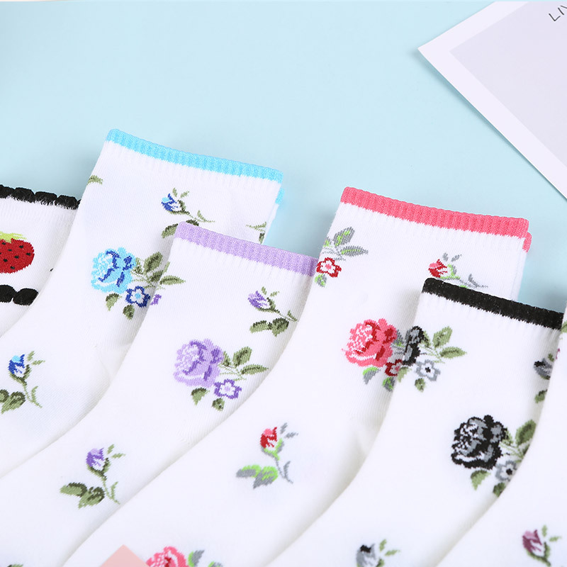Us 112 22 Off2019 Women Harajuku Ankle Socks Fashion Floral Rose Print Lovely Socks Cotton Soft Hipster Party Gifts Sox Female Socks In Socks From