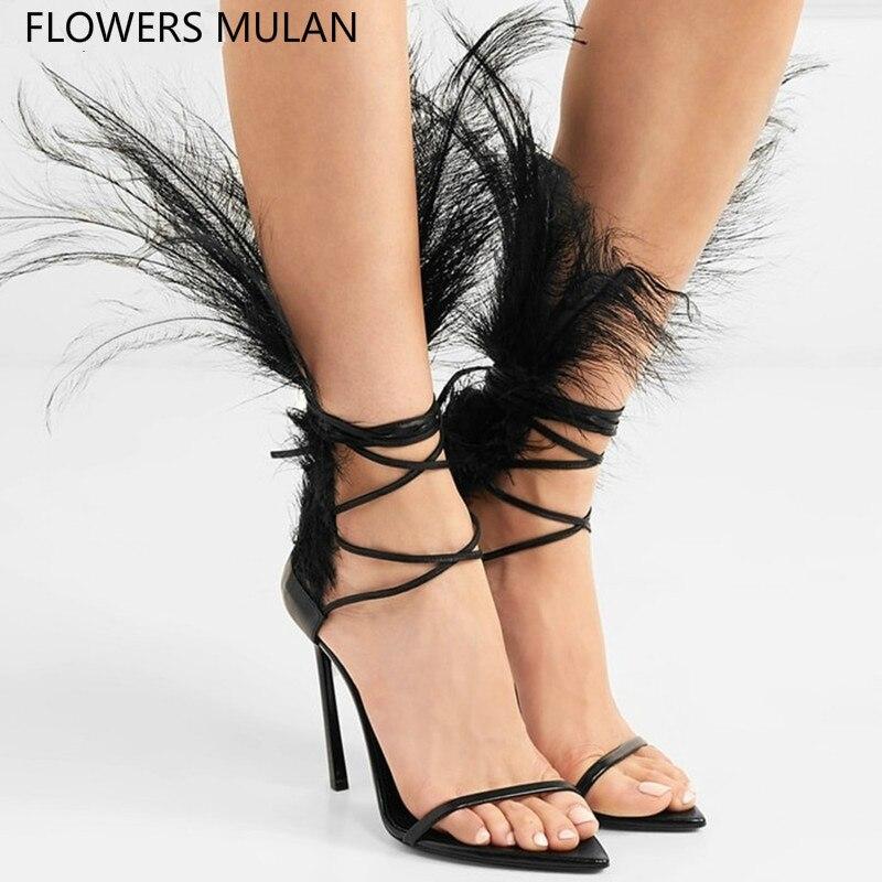Créateurs de mode bande étroite dos plume modèle T Show Catwalk sandales chaussures femmes Peep Toe une boucle dame talons hauts chaussures