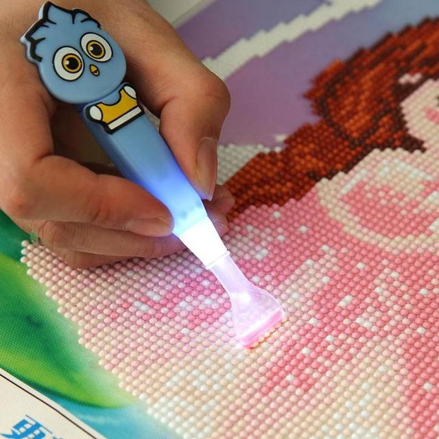 5D DIY Diamant Stickerei Werkzeug Punkt Bohrer Stift Mit Licht Klarer Einfach Diamant Malerei Mosaik Kreuz Stich Handwerk Werkzeug Kinder geschenk