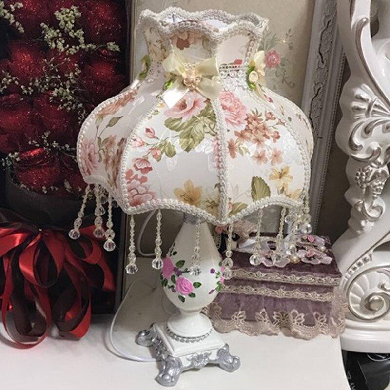 European Palace Princess girl gift table lamp light marriage wedding art decorative table light lamp for