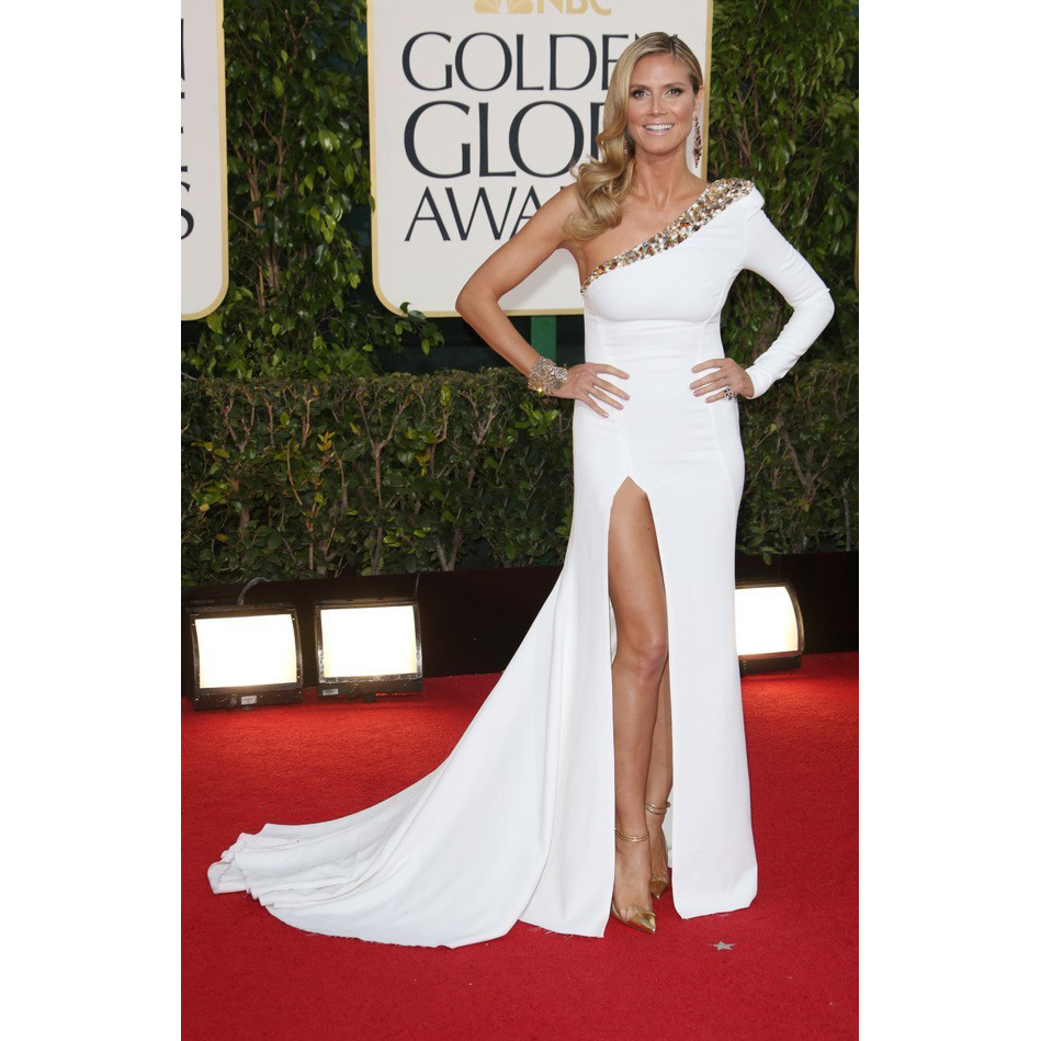 d6917e519f0 Heidi Klum Red Carpet Celebrity Dresses One Shoulder Long Sleeve White and Gold  Prom Dress 2017 Beads Fast Shipping Plus Size-in Celebrity-Inspired Dresses  ...