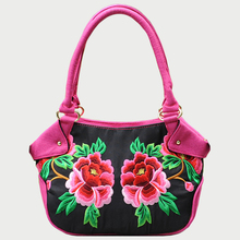 2018 National Floral Embroidered Bag Handmade Flower Shoulder Messenger Bags Canvas Floral Pattern Female Single Floral Handbag girls fashion national trend embroidery shoulder hand bags women single faced flower embroidered one shoulder bag large handbag
