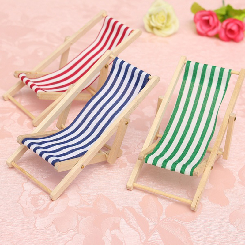 New Arrival Cute Mini Foldable Wooden Deck Beach Chair Couch Recliner For Dolls House Lounge