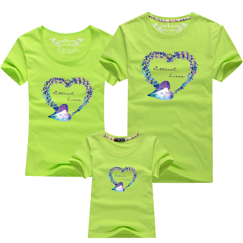 HTB1hBJKPFXXXXbhXpXXq6xXFXXXk - Mommy and Me Clothes Family Look Summer LOVE Ggarland Pattern Family T Shirt Father and Son Clothes Family Matching Outfits