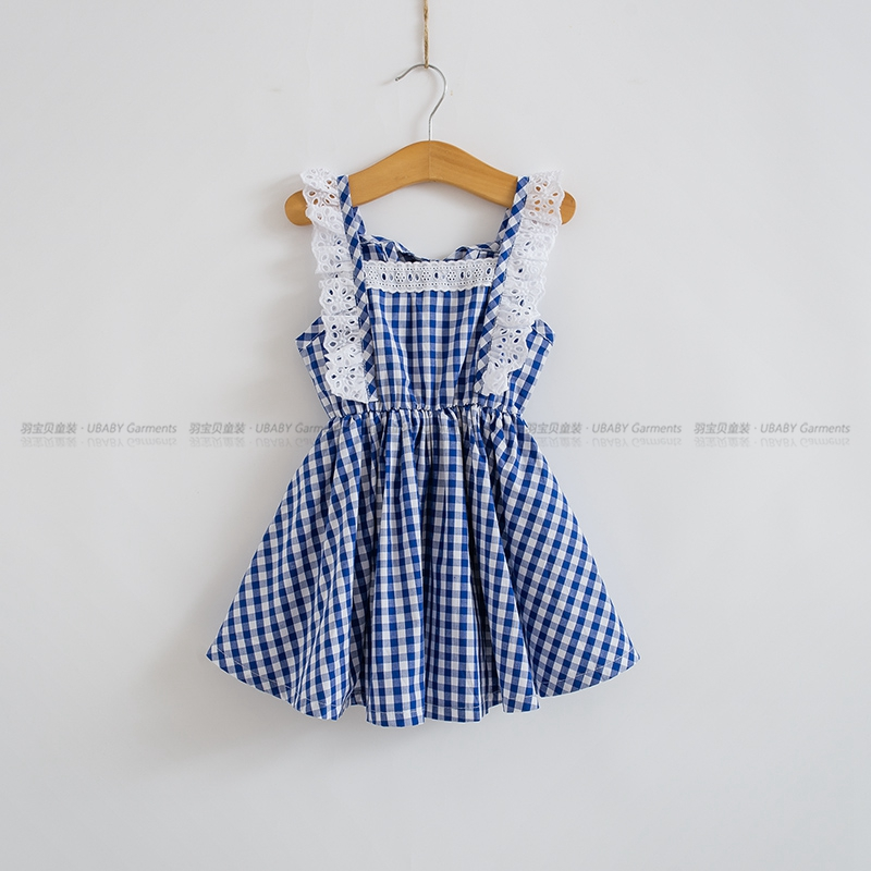ba7ee535a804 2018 Summer Little Girls Dresses Fly Sleeve Baby Clothes Princess Plaid  Elastic Lace Child Kid s Dress Kids Clothes Blue Red-in Dresses from Mother    Kids ...