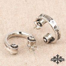 Designer Thumb Fashion vintage  Rome Letters reel earrings for men and women stainless steel hook scroll