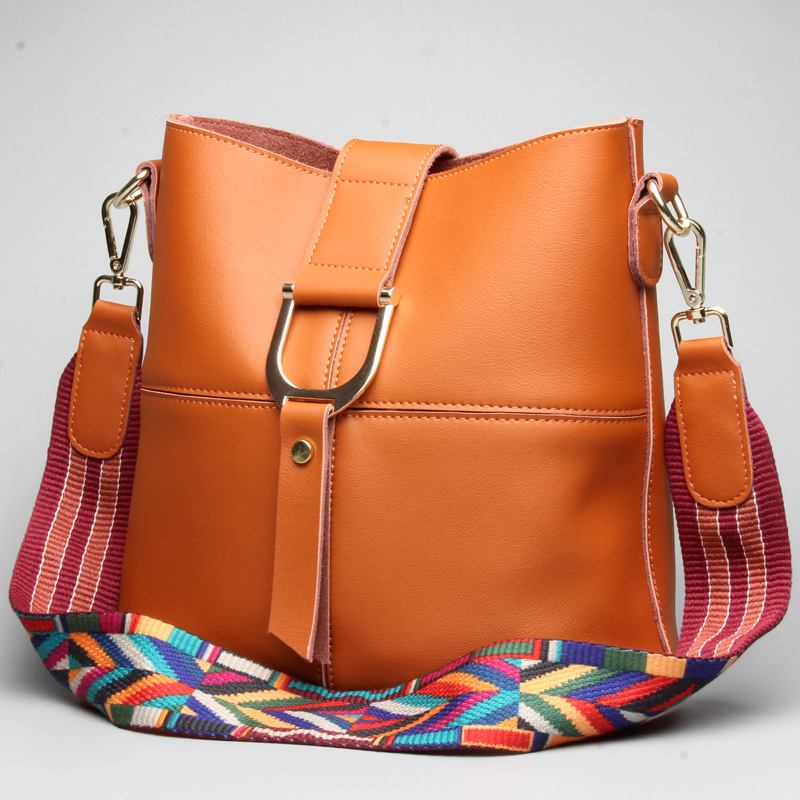 L6126 New Winter leather female bucket bag leisure fashion shopping bag leather shoulder bag