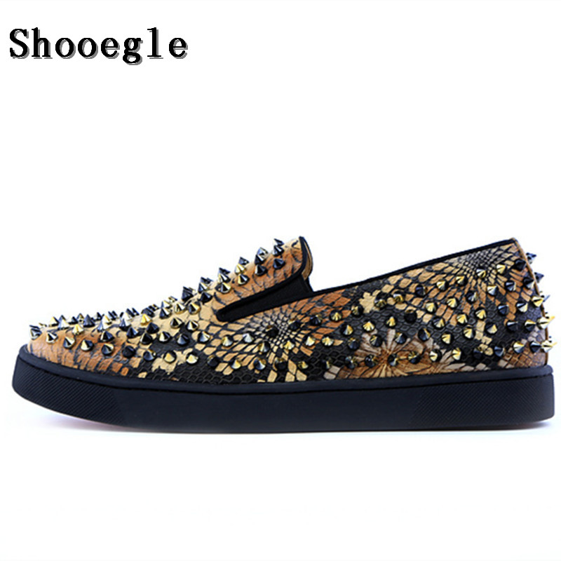 SHOOEGLE Top Quality Rivets Printing Snakeskin Men Loafers Breathable Slip On Spikes Men Shoes Fashion Handmade Man Casual Shoes top quality hygroscopic breathable