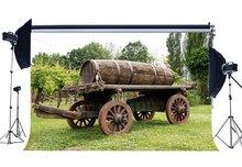 אביב רקע כפרי Countyard בציר ישן עץ מכונית החווה גפן יצוק ג ונגל יער ירוק דשא אחו רקע