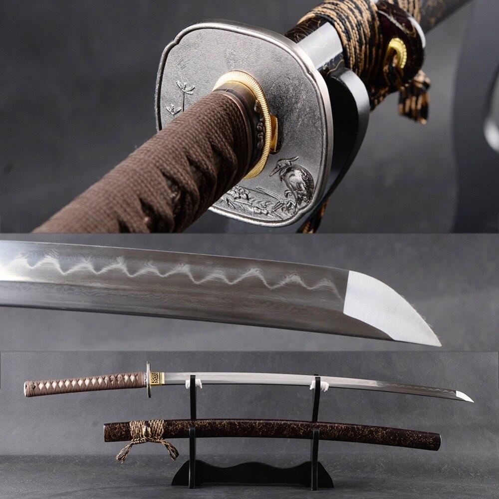 Bataille Prêt Samurai Katana Japonais Épée À La Main Pleine Saveur De Coupe Pratique Espada Plié En Acier Trempé Clay Lame Couteau