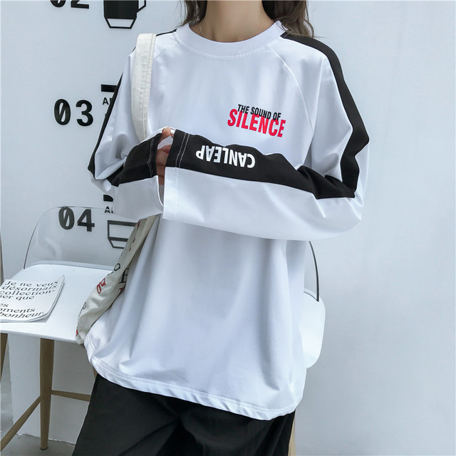 Harajuku Women big size Tee Shirt hip hop white black T-shirts 2018 New autumn loose T shirt letter print long Sleeve top Female