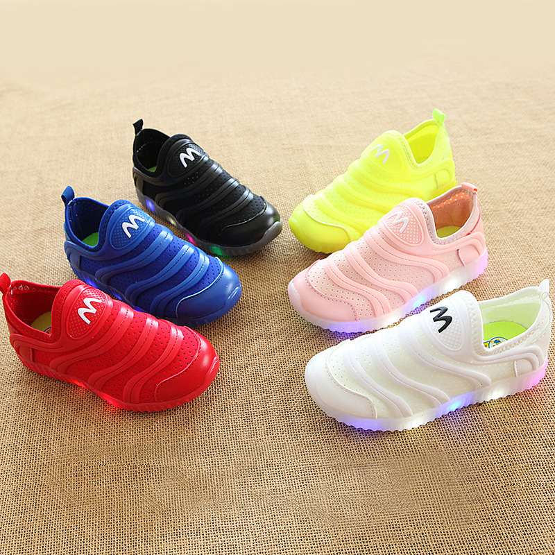 2018 European fashion cool girls boys shoes hot sales LED lighting baby casual shoes candy color lovely baby sneakers