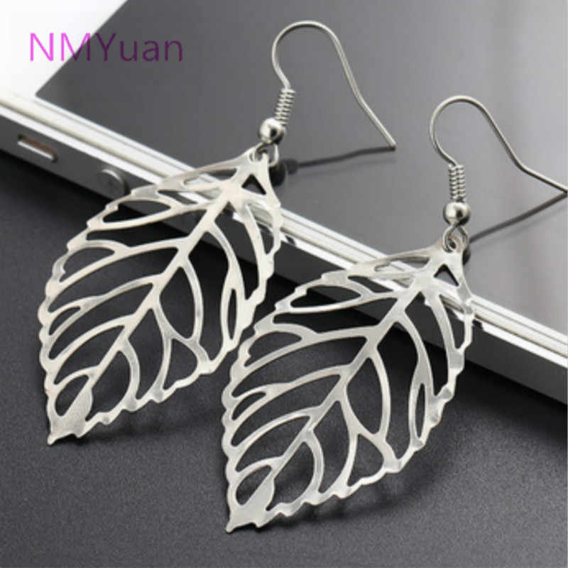 Hot fashion retro leaf gold, silver earrings new design hollow earrings hanging earrings charm affordable jewelry wholesale wome