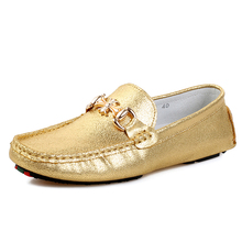 Mode herren spitzschuh-partei-müßiggänger-schuhe echtes leder goldene silber farbe mann fahren schuhe echte kuh herren glänzend faulenzer trend