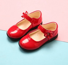Autumn Childrens leather shoes Girl flowers patent Shoes black student Baby Girls Dance Wedding Party
