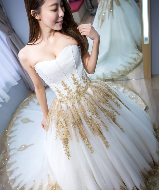2017 Luxury Indian Wedding Dresses White Gold Applique Sweetheart ...