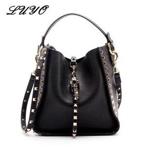 Image 1 - Couro genuíno famosa marca rebite crossbody sacos para mulheres mensageiro bolsa de ombro bolsas de luxo bolsas femininas designer feminino