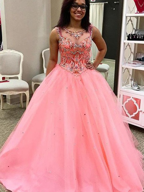 High Quality Ball Gown Scoop Crystal Quinceanera Dresses Floor Length Tulle Sequined Sheer Neckline Sweet 15 Girls Gowns