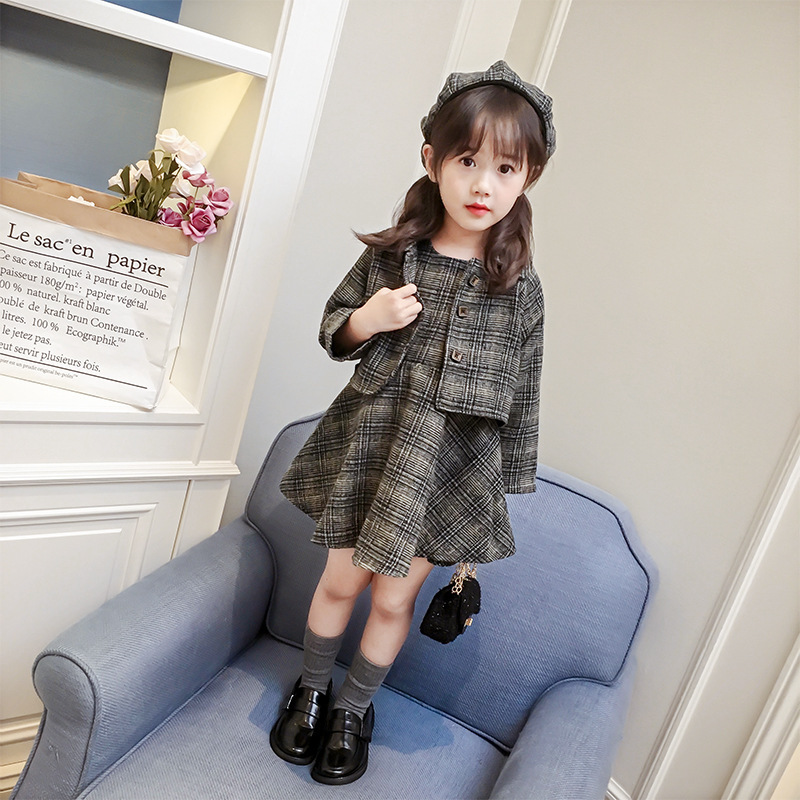 Autumn / Winter Baby Girl Clothing Set Children Clothes Plaid Suit Long Sleeve England Style Kids 3PCS Top+Vest Dress+Beret zea rtm0911 1 children s panda style super soft autumn winter wear cap scarf set blue