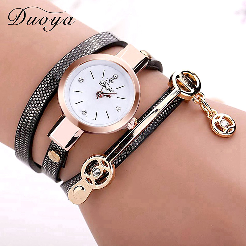 Купить со скидкой New Duoya Fashion Women Bracelet Watch Gold Quartz Gift Watch Wristwatch Women Dress Leather Casual