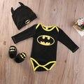 2016 Moda Bebê Recém-nascido Menino Batman Roupas de Algodão Romper + Sapatos + Chapéu 3 Pcs Conjunto de Roupas Conjunto Roupas Bebes
