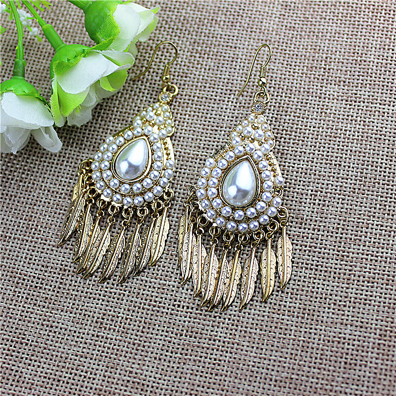 New fashion flowery womens dress wholesale girls birthday party is a beautiful flowing water drop earrings gift agent shipping
