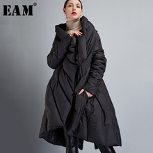 [EAM] 2021 New Auutmn Winter V-collar Long Sleeve Black Loose Big Size Irregular Warm Coat Women Down Jacket Fashion JD72001S