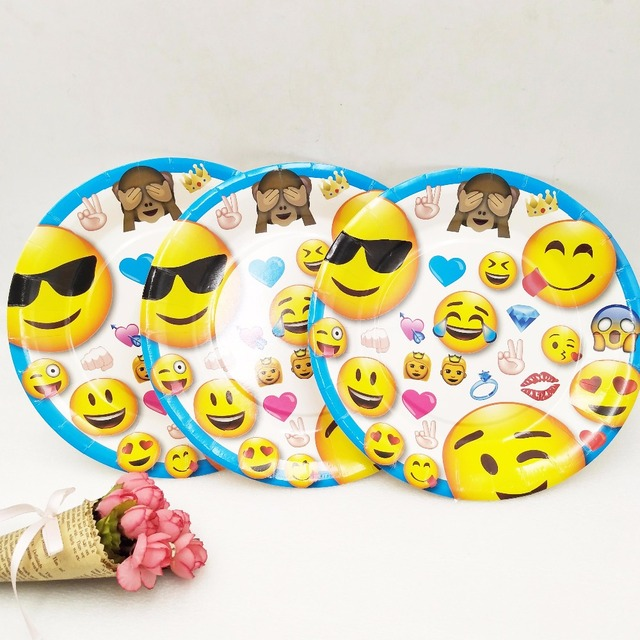6pcs Set 7inch Emoji Party Supplies Plate Children Theme Kids Funny Hot