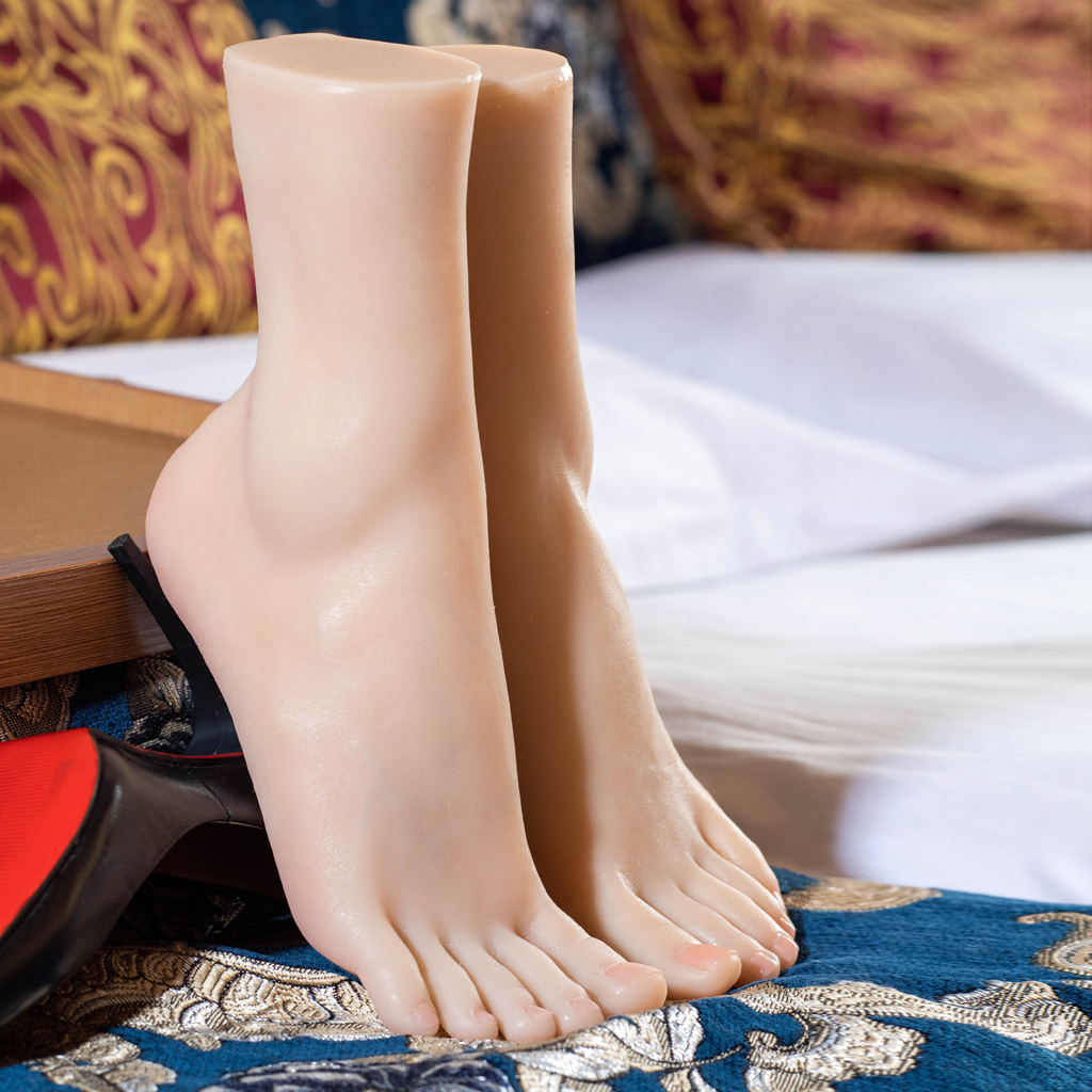 1 Pair Lifesize Silicone Female Mannequin Foot Display Jewerly Sandal Shoe Sock Display Art Sketch