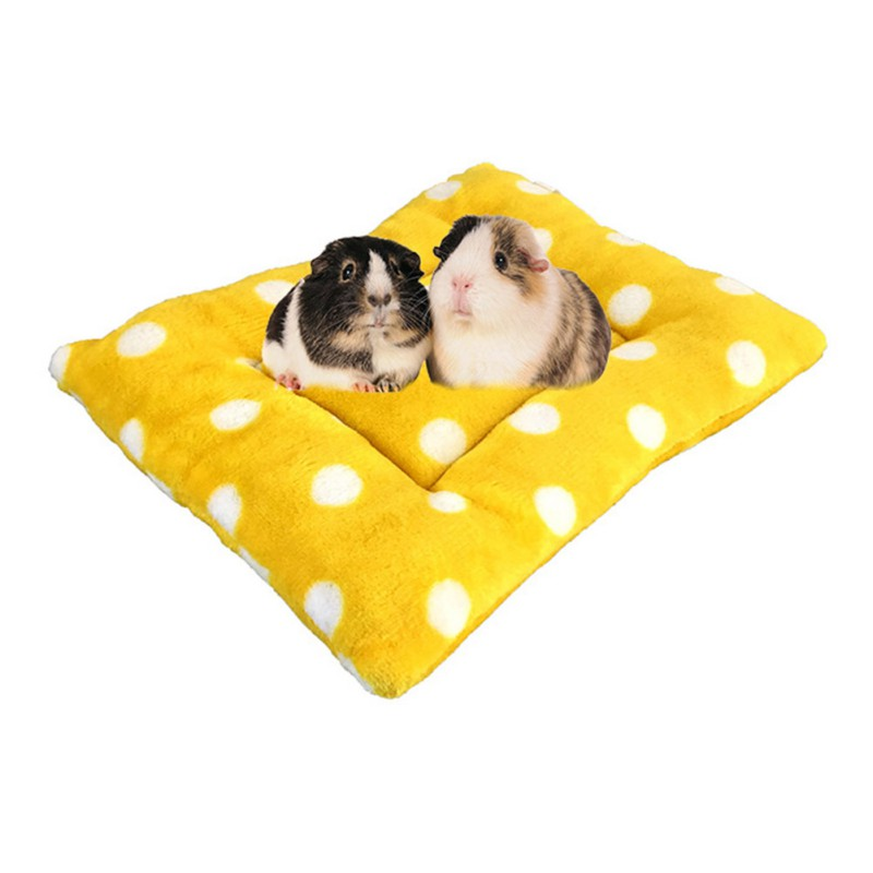 Soft Fleece Mat For Hamster Guinea Pig Rabbit Bed Rats Small Pets Hamster Cage House Small Animal Pet Winter Round Sleeping Mats