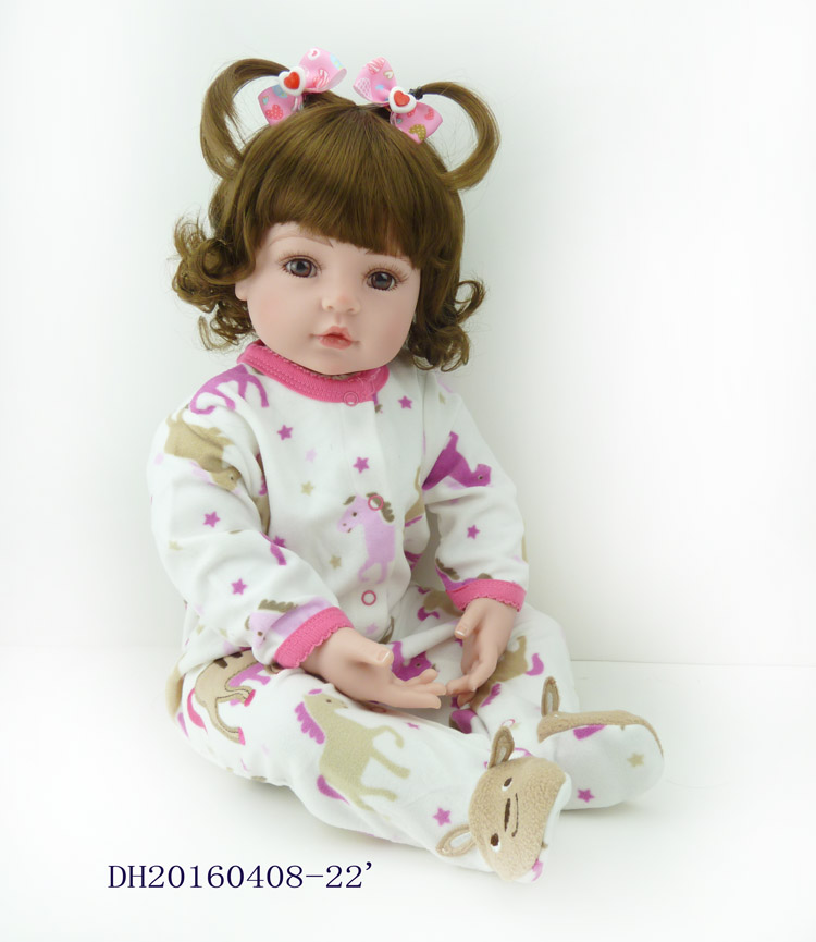 Girl doll reborn 22 Curly brown hair cloth body silicone vinyl dolls for children gift bebe alive reborn bonecas brinquedosGirl doll reborn 22 Curly brown hair cloth body silicone vinyl dolls for children gift bebe alive reborn bonecas brinquedos